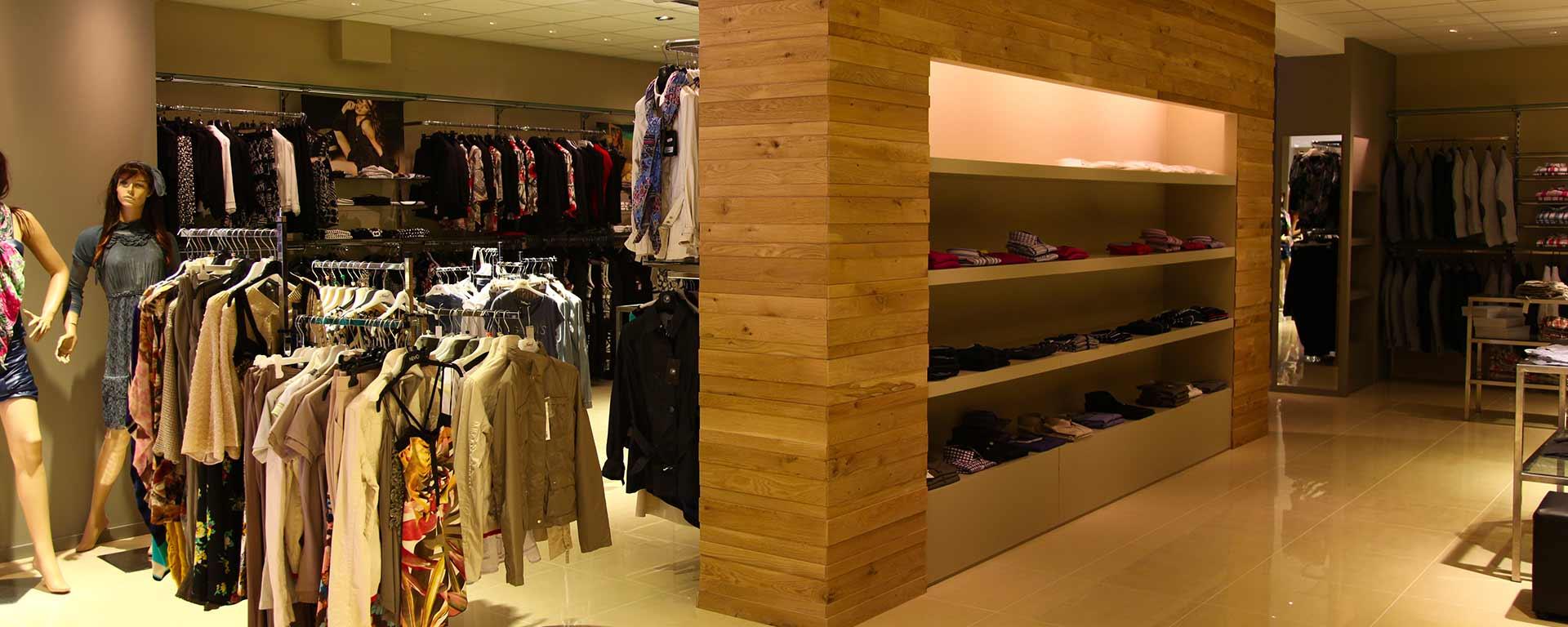 arredamenti-negozi-legno-doccula-sicilia
